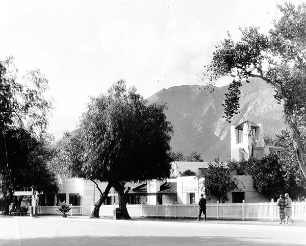 Architect_and_Friends_Blog_Palm_Springs_History.jpg