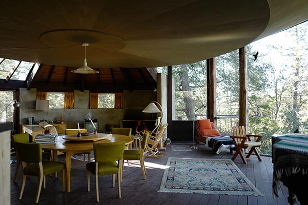 Architect_and_Friends_Blog_Pearlman_Cabin_Idyllwild_int